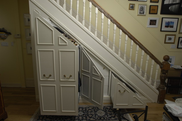 Under-stair storage - Traditional - Closet - toronto - by Lipa Woodwork