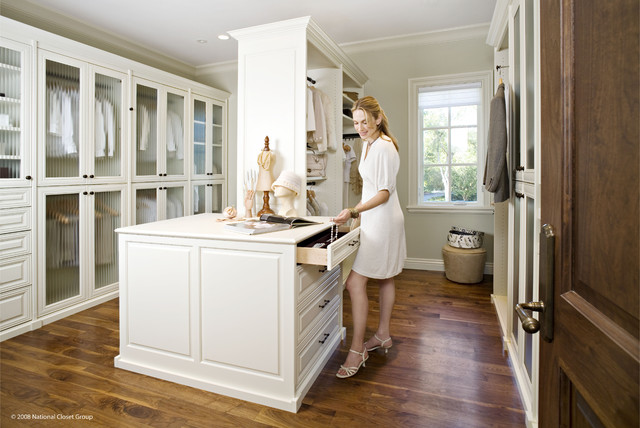 Valet Custom Cabinets & Closets - Siena Collection Closet traditional