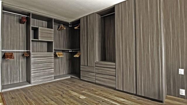 Vestidores vanguardia walk in closet modern wardrobe for Closets modernos con television