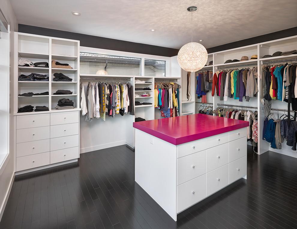 Walk-in closet - contemporary walk-in closet idea in Edmonton