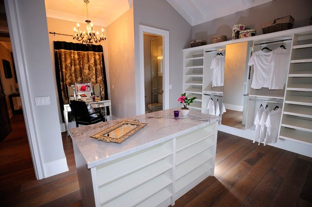Walk in closet in master bedroom - Walk in closet designs for a master bedroom ...