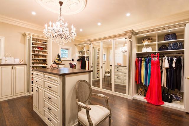 Walk in closet organizers traditional closet los for Closet design los angeles