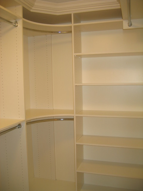Walk In Closet Traditional Closet Toronto By