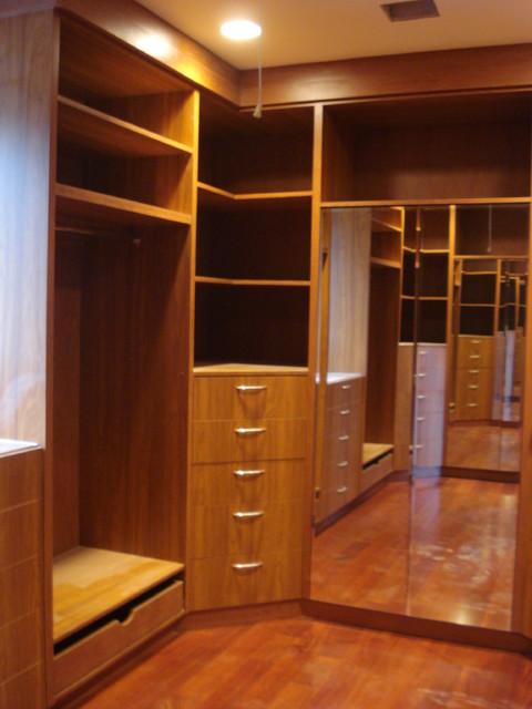 Bedroom Design With Walk In Closet