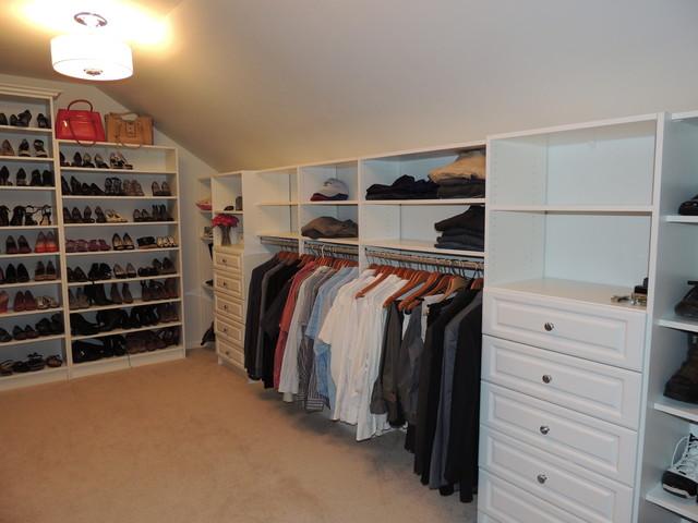 Walk In Closets Traditional Closet
