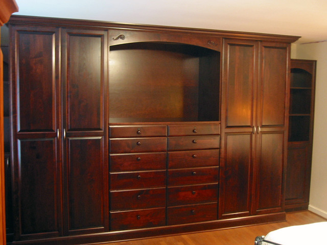Wall Units Wardrobes Traditional Closet Cleveland