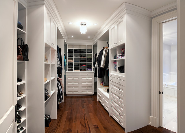 Wedgewood Drive traditional-closet