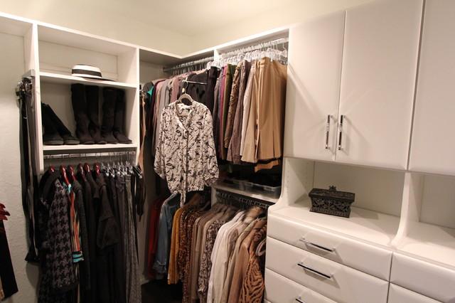Williams Master Closet contemporary-closet