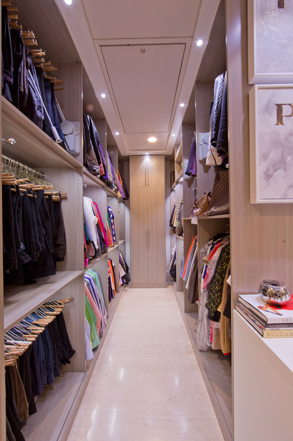Womans Dream Walk In Closet Modern New