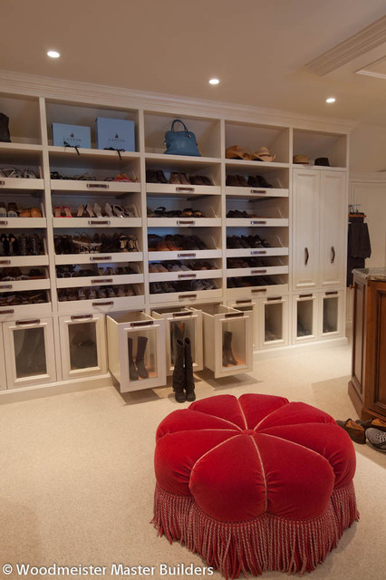 Woodmeister Master Builders traditional-closet