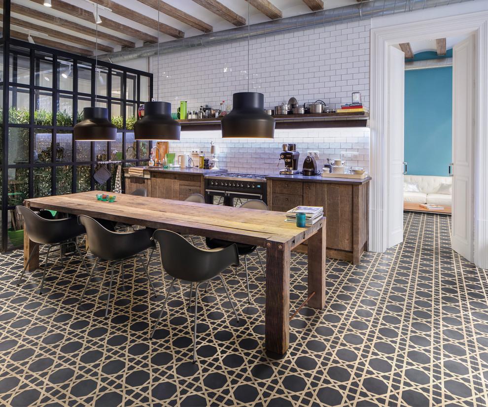 Пример оригинального дизайна интерьера: кухня в стиле лофт