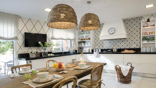 7 trucos para colar la tele en la cocina idealista news for Ubicacion de cocina