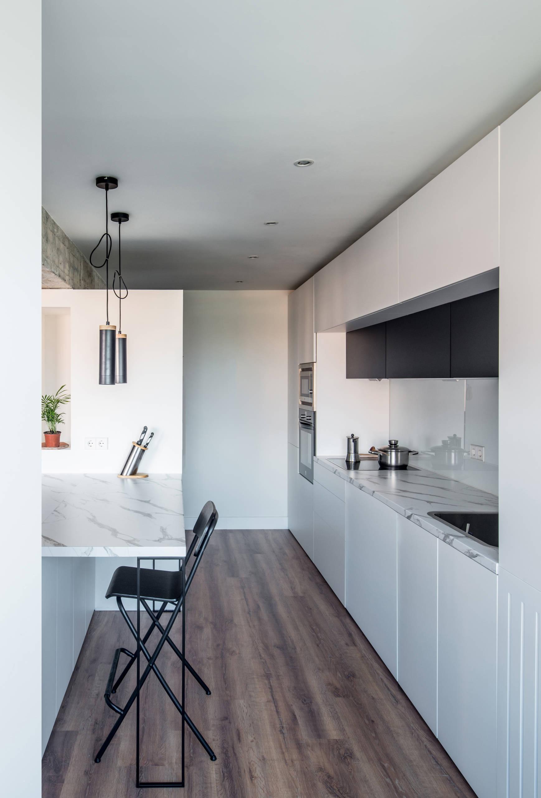 Cocina, vista lateral.