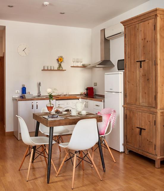 Decoraciones casa de campo cocina m laga de crisal for Decoraciones para apartamentos