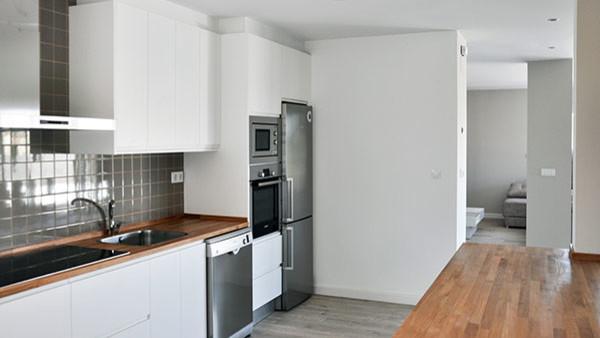 Proyectos finalizados casa cube de 150 m2 en l contempor neo cocina otras zonas de - Precio proyecto casa 120 m2 ...