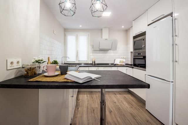 Reforma integral e Interiorismo de apartamento urbano en Santander contemporaneo-cocina