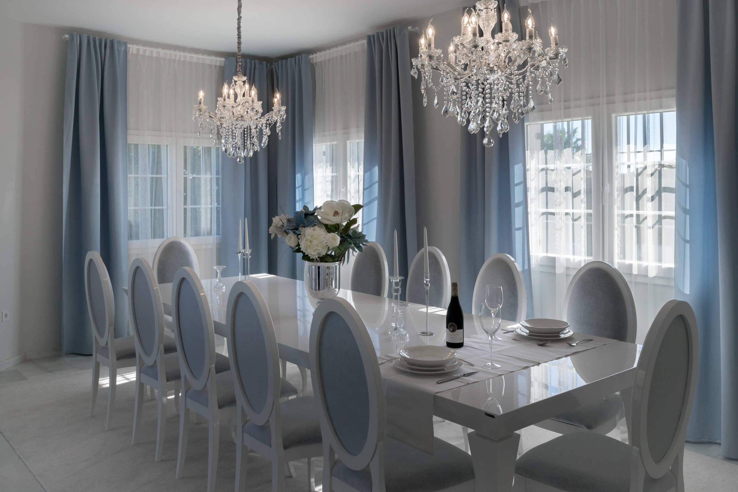 Large Dining Table Seats 12 14 People Ideas Photos Houzz