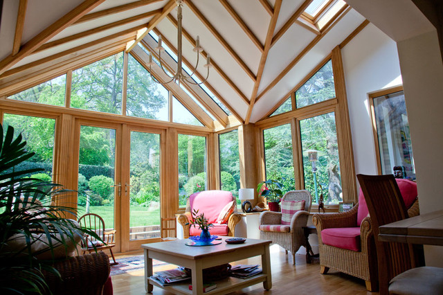Craig oak garden room traditional conservatory for Garden rooms sussex