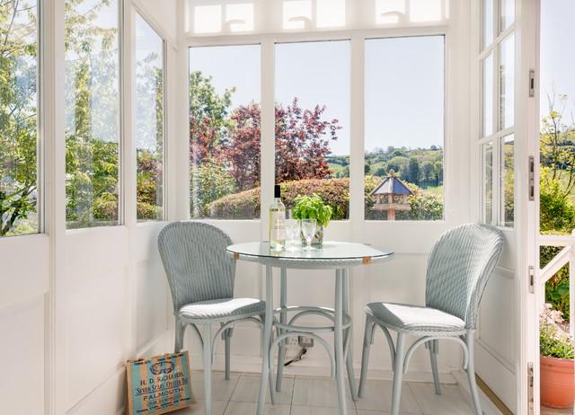 Summer hill traditional sunroom devon by colin for Sunroom breakfast nook