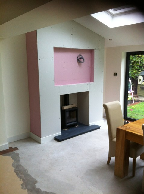 Woodburner In False Chimney Breast With Recessed Tv