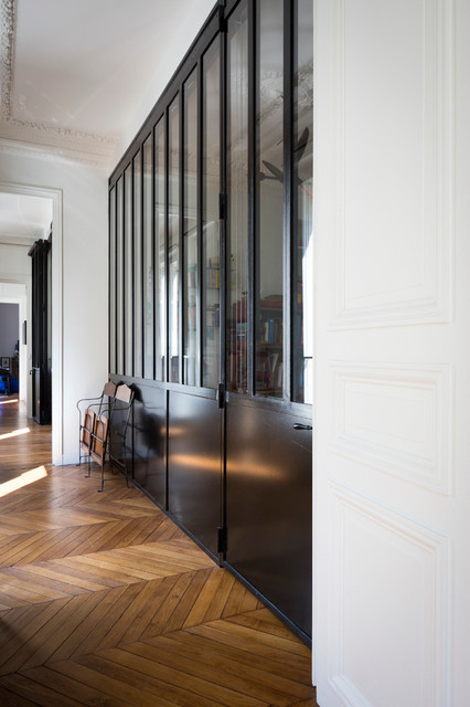 appartement haussmannien industriel couloir paris par melanie lallemand architectures. Black Bedroom Furniture Sets. Home Design Ideas
