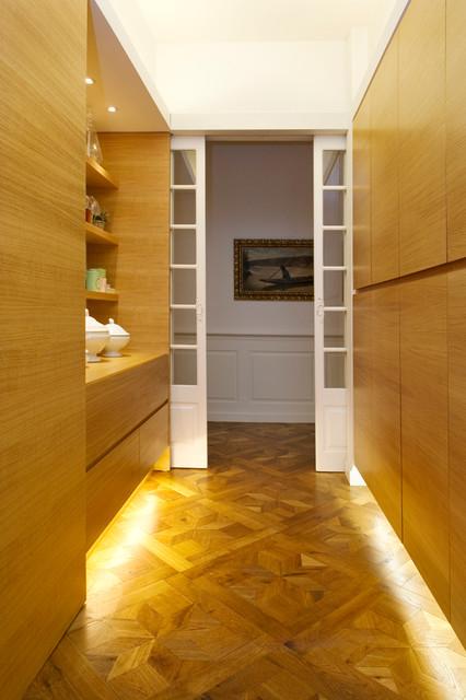 appartement haussmannien toulouse contemporain couloir toulouse par tara d coration. Black Bedroom Furniture Sets. Home Design Ideas