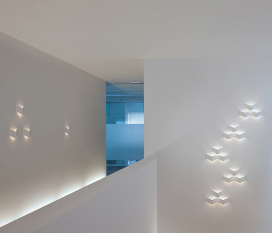 Des appliques pour d corer vos murs - Applique pour couloir ...