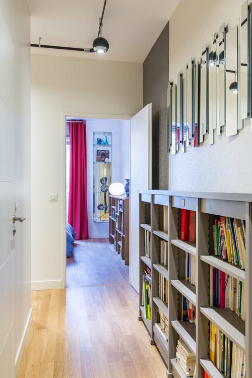 decorar un pasillo con librería