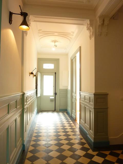 projet en cours pas encore meubl maison bourgeoise st genes bordeaux contemporain couloir. Black Bedroom Furniture Sets. Home Design Ideas
