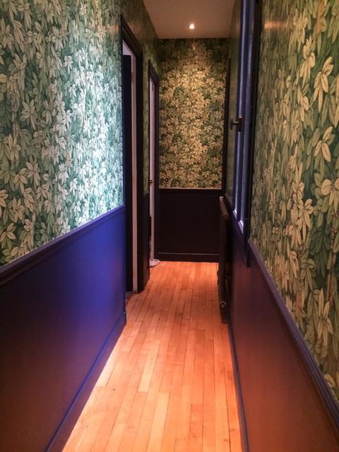 Rénovation Des Parquets, Pose De Papier Peint Et Peinture Des Boiseries  Contemporain Couloir