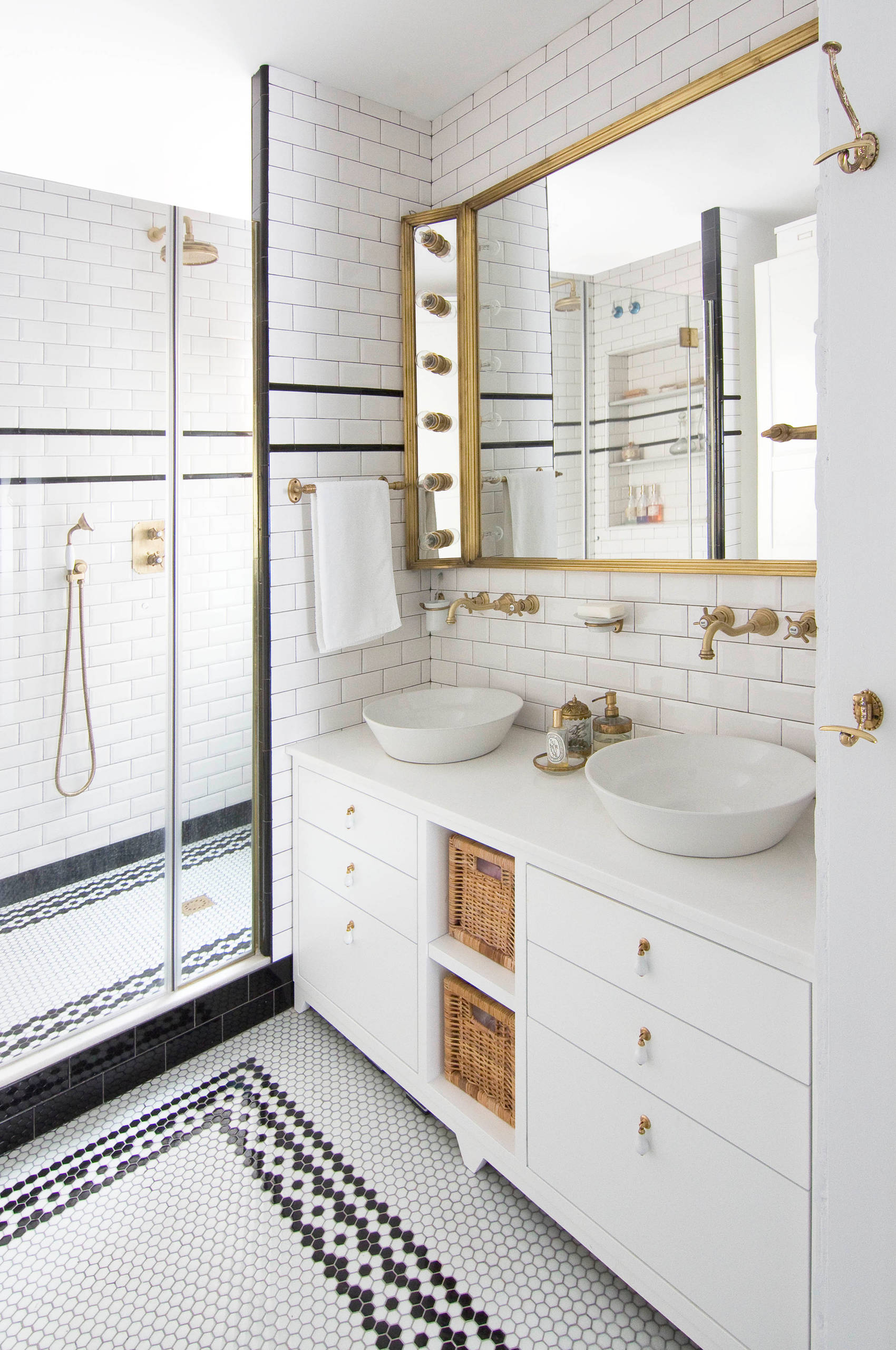 Black And White Tile Floor Bathroom, Black And White Bathroom Floor Tile Ideas