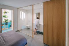 4 ejemplos de baños perfectos, según los profesionales