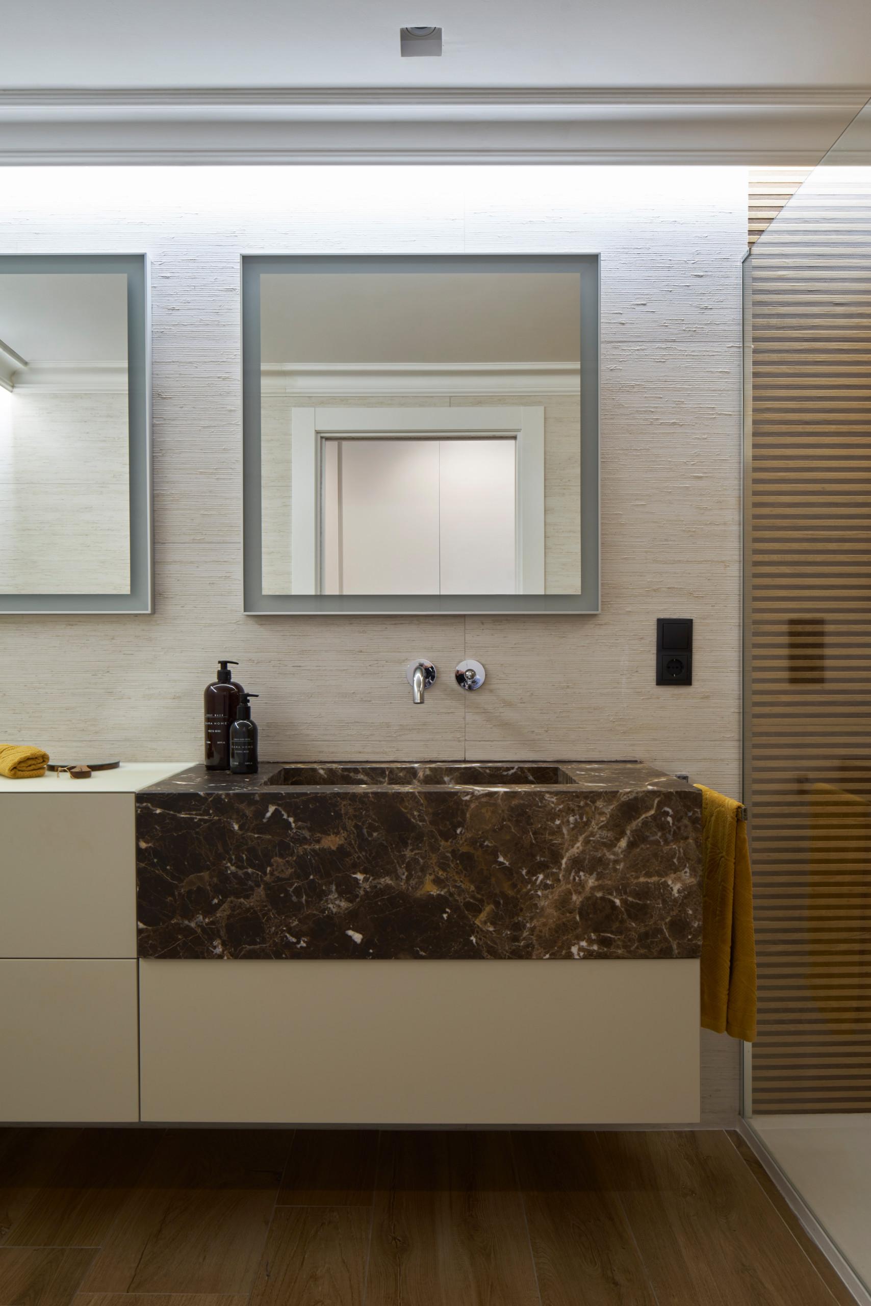 Mueble de baño de piedra natural