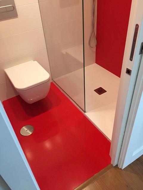 Pavimento en silestone rojo monza moderno cuarto de - Pavimento para banos ...