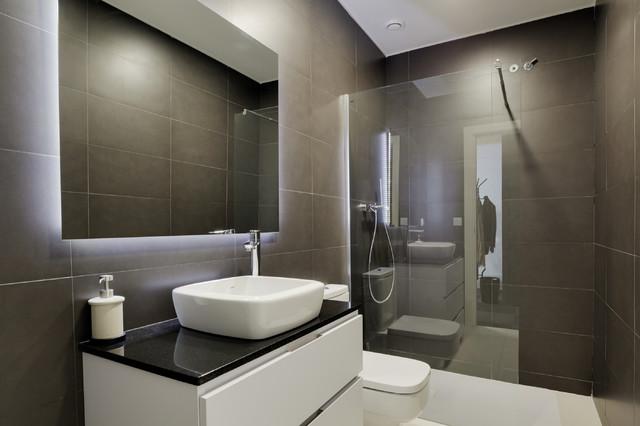 Proyecto interiorismo oficinas - Modern - Bathroom ...