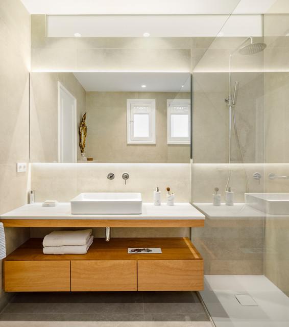 Reforma Baño en Vivienda contemporaneo-cuarto-de-bano