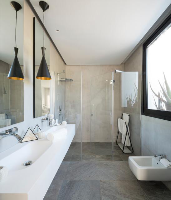 Vivienda en ibiza contemporary bathroom bilbao by - Natalia zubizarreta ...