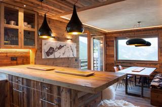 Attico a sauze d 39 oulx in montagna cucina torino di for Arredamento rustico ikea