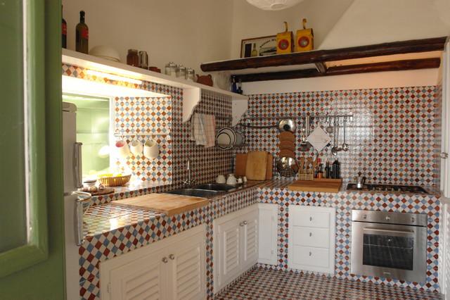 Casa di panarea eclettico cucina milano di architetto