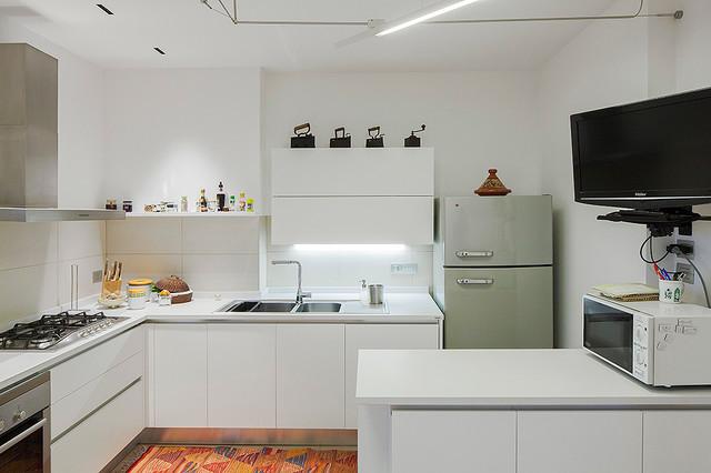 CasaM  Modern  Kitchen  Catania Palermo  by Forte Architetti