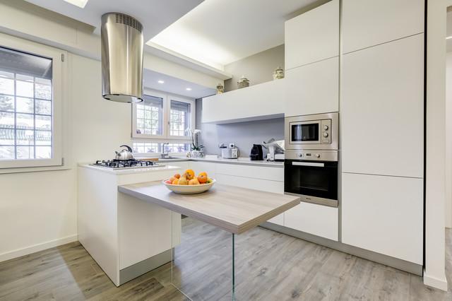 Colleverde minimal design moderno cucina roma di for Cucina minimal