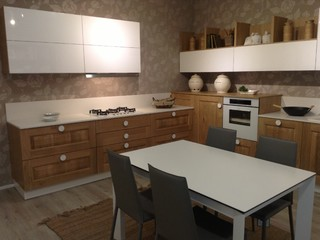 Cucina classico moderno orbassano for Cucine classico contemporaneo
