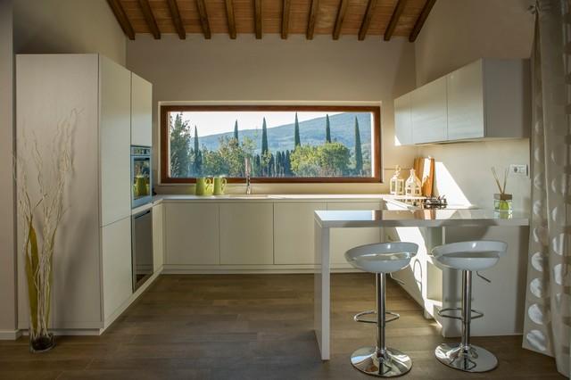 Cucina con vista in campagna cucina firenze di andrea lisi - Cucine con vetrate ...