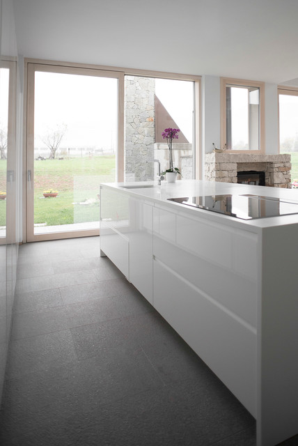 Cucina total white - Contemporary - Kitchen - Venice - by Todeschini ...