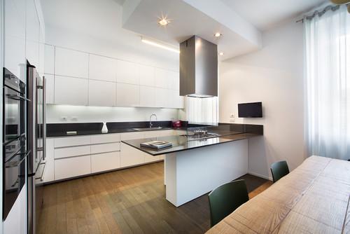 Gallery of cucine in legno con top nero duylinh for cucine legno