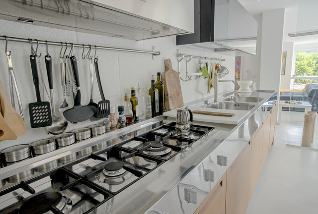 Garage House in Sicilia modern-kitchen