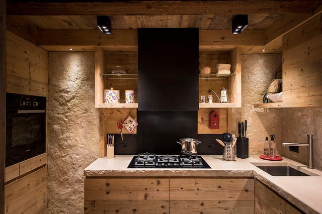 Interni - In Montagna - Cucina - Venezia - di Outline Studio 74