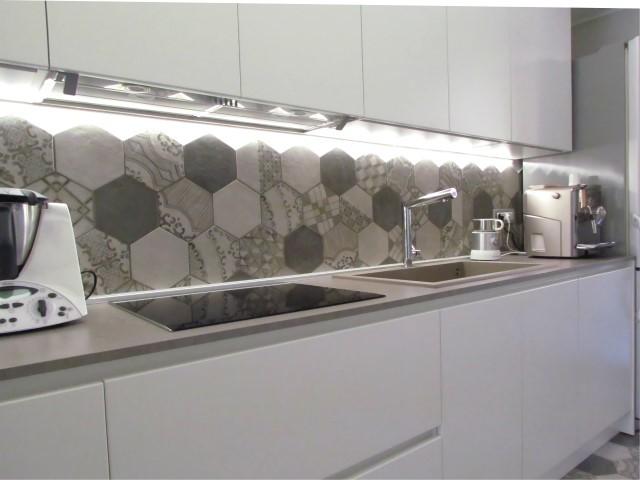 Kitchen cementine cucina bologna di marazzi ceramiche - Marazzi rivestimenti cucina ...