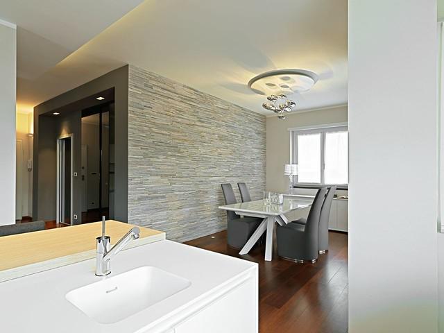 Immagine di una cucina design