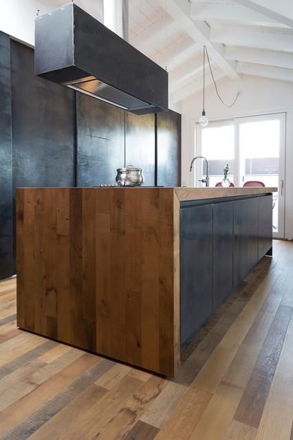 Parquet contemporaneo cucina milano di galimberti - Parquet in bagno e cucina ...